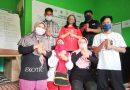 Berbagi Masker di Hari Tuli Nasional